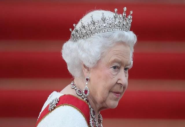 queen elizaberth