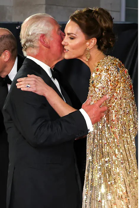 Kate Middleton, Charles greeted his daughter-in-law Kate with a kiss upon arrival.